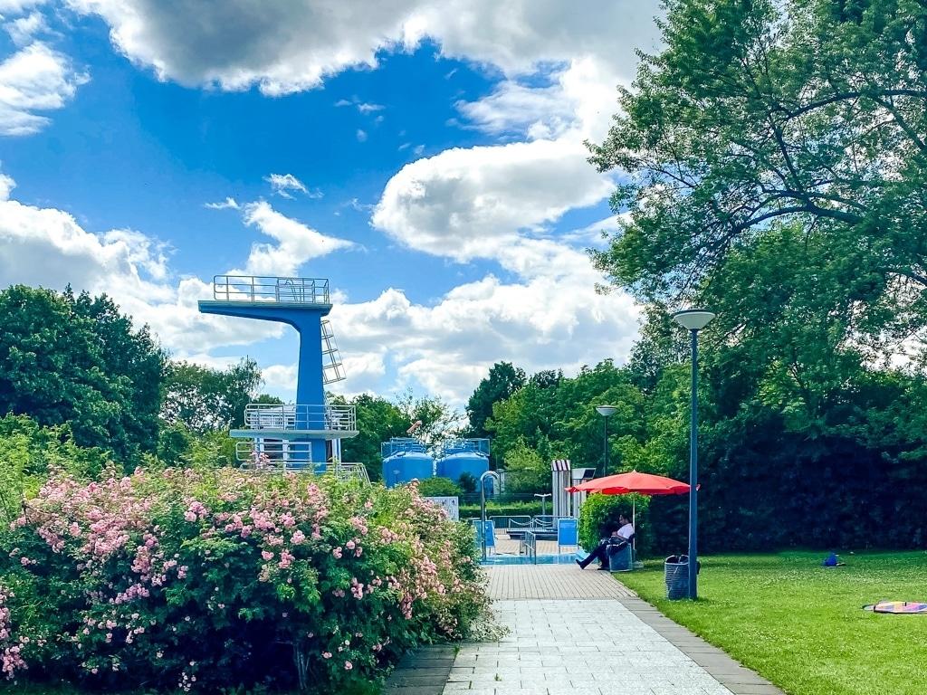 Schwimmen in besonderen Zeiten –ein Besuch im Sommerbad